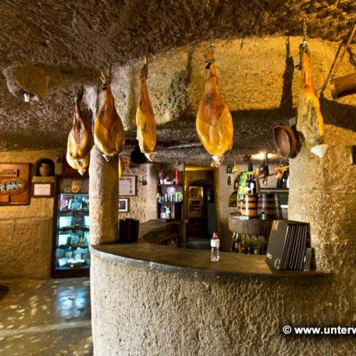 La Cueva de Bartolo - Höhlensystem mit Restaurant
