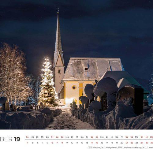 Die Kirche in Inzell musste für das Weihnachtsbild herhalten. Auch wenn Ihr es nicht glaubt, aber das Bild ist erst Ende Januar entstanden, denn solange wird an vielen Kirchen noch die Weihnachtsbeleuchtung erhalten. Der viele Schnee hat mich am Ende nach Inzell gelockt in der Hoffnung, dass sich hier eine schöne Stimmung im Zusammenspiel Winter, Weihnachten und Romantik ergibt. Ich glaube, großteils hat das auch so geklappt...